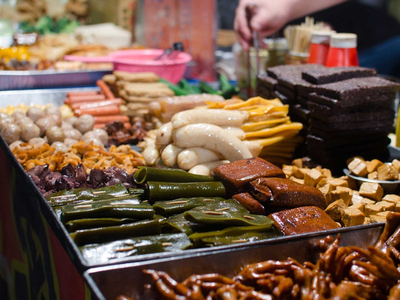 How to Navigate a Taiwanese Night Market
