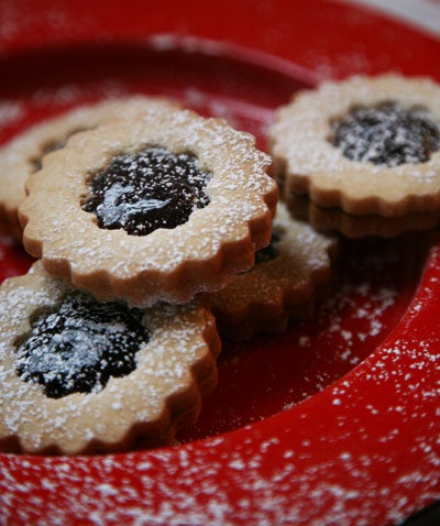 12 Days of Holiday Sweets: Raspberry Sandwich Cookies