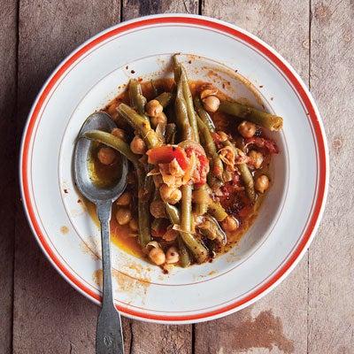 Lebanese-Style Green Beans with Chickpeas in Olive Oil (Loubieh wa Hommus bi Ziet)
