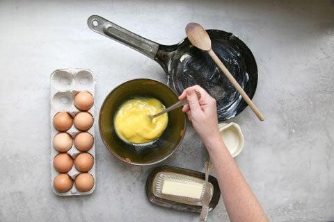 httpswww.saveur.comsitessaveur.comfilesimport2008images2008-09634-scrambled_eggs_1_480.jpg