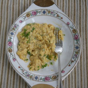 How to Make Delicious Scrambled Eggs