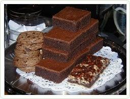 httpswww.saveur.comsitessaveur.comfilesimport2010images2010-02634-VDay-Guide-chocolate-room-400.jpg