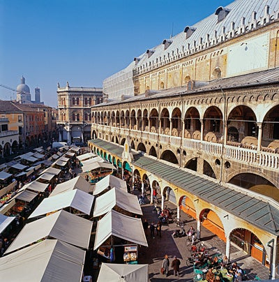 Great Markets in Italy