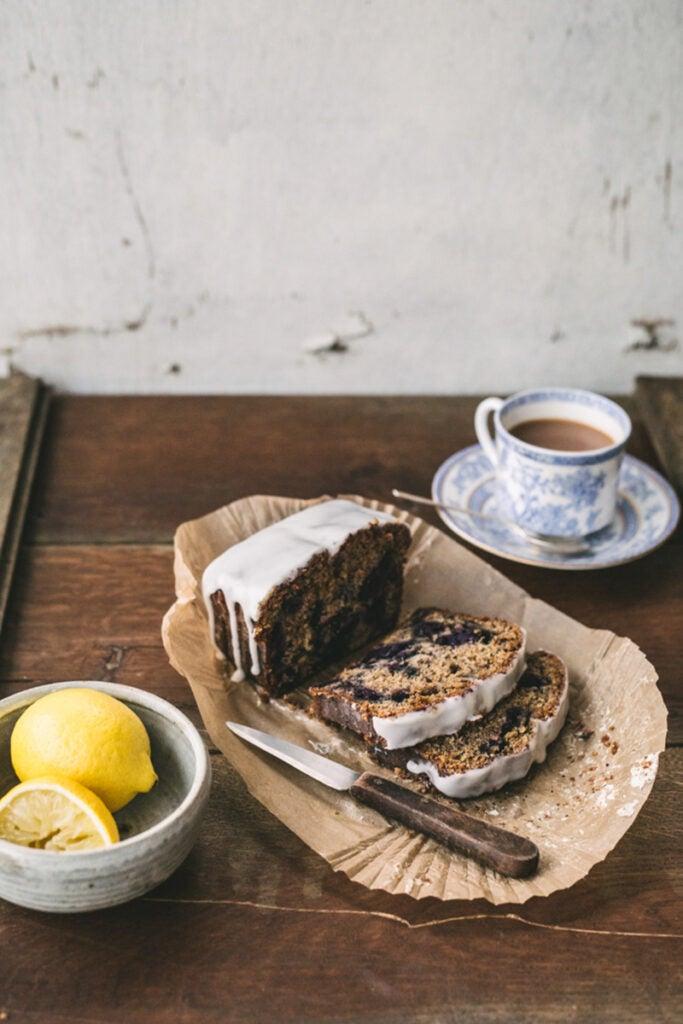 httpswww.saveur.comsitessaveur.comfilesimport2014feature_bfba-winner-top-with-cinnamon-cake_800x1200.jpg