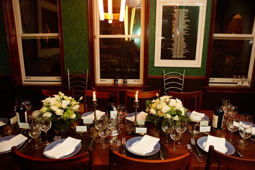httpswww.saveur.comsitessaveur.comfilesimport2015Winter-Dinner-Party-Table_2000x1333.jpg