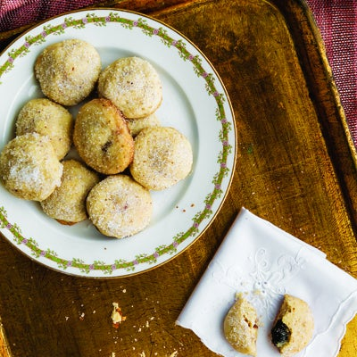 thumb-the-dish-snowed-in-cookies-i161-400x400