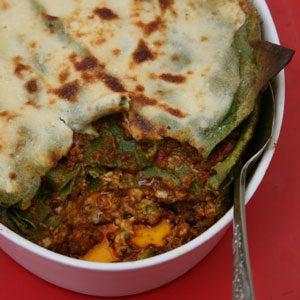 httpswww.saveur.comsitessaveur.comfilesimport2008images2008-02626-110_baked_spinach_lasagne_300.jpg