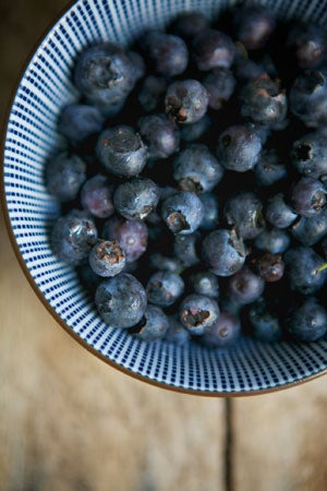 httpswww.saveur.comsitessaveur.comfilesimport2011images2011-067-sites-we-love-la-buena-vida-blueberries-300.jpg