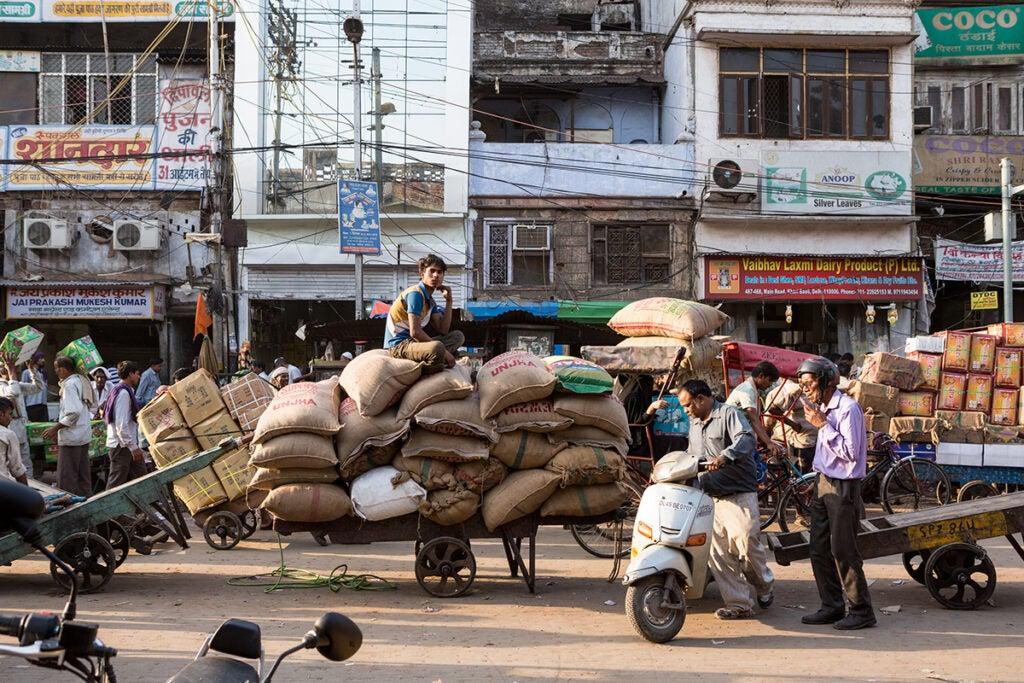 north-india-delhi-spice-market