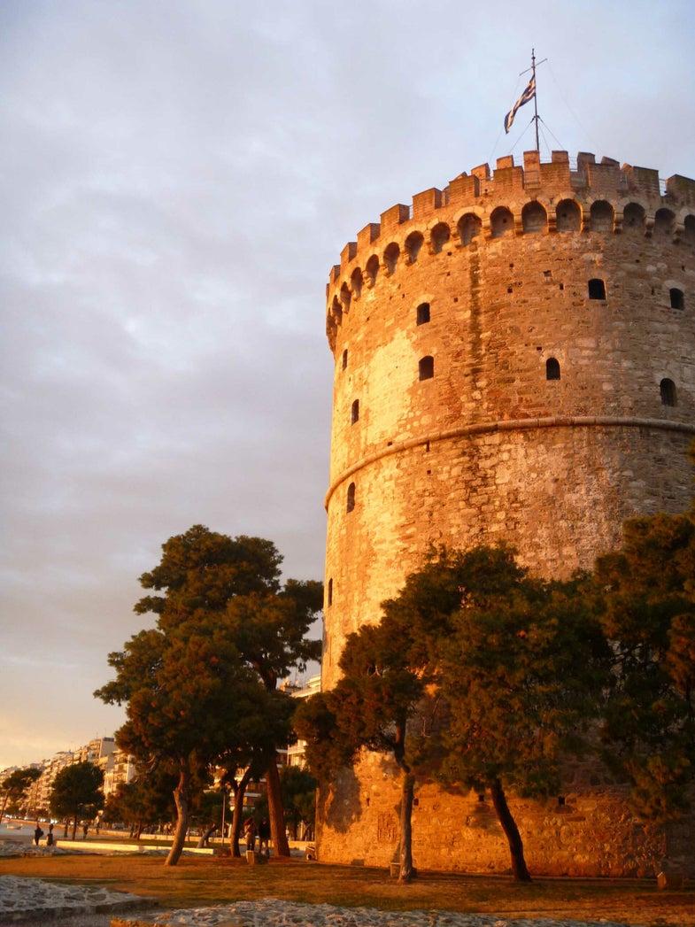 5 Essential Greek Snacks to Try in Thessaloniki