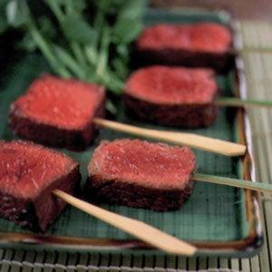 Noto-gyû Stçki (Salted and Seasoned Grilled Beef)
