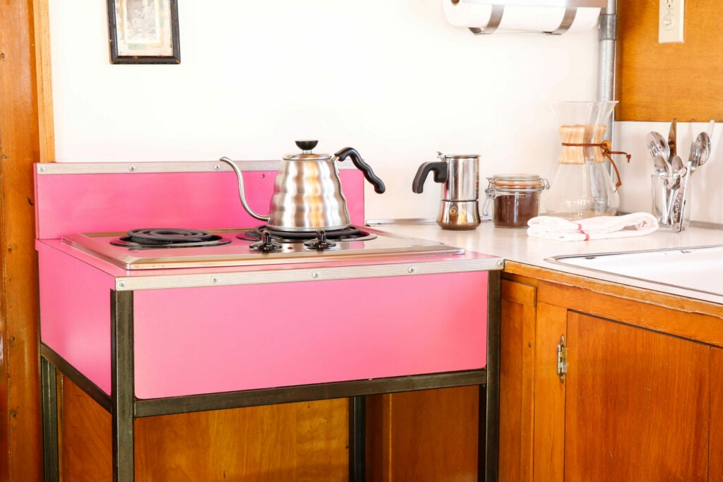 Who wouldn't love a pink stove?