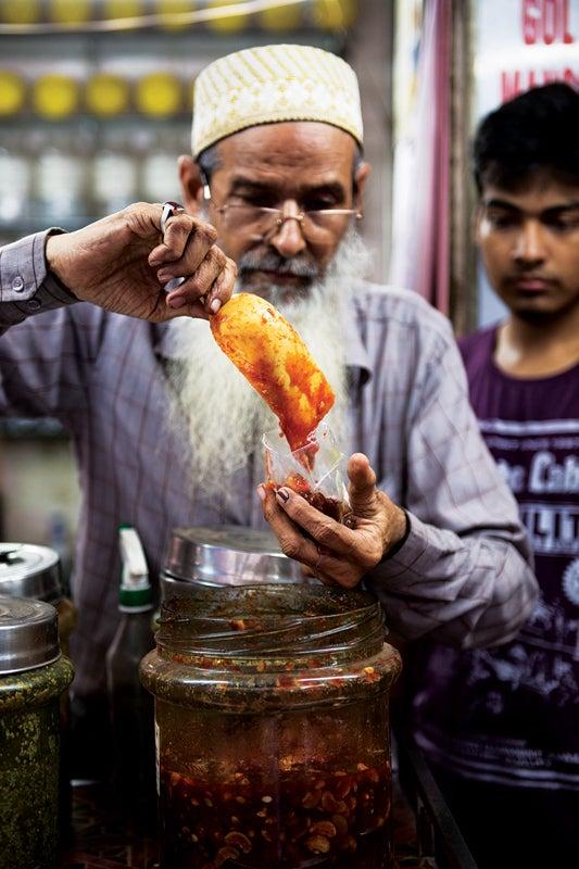 feature_west-india_mumbai_muslim-neighborhood-bombay_jar-with-sauce_533x800.jpg