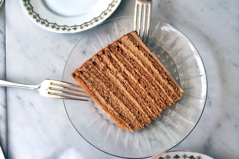 Weekend Reading: Russian Honey Cake, Fine Art Food, and More