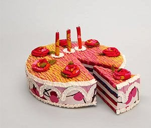 Links We Love: Fabric Cakes, Weird Menus, and More