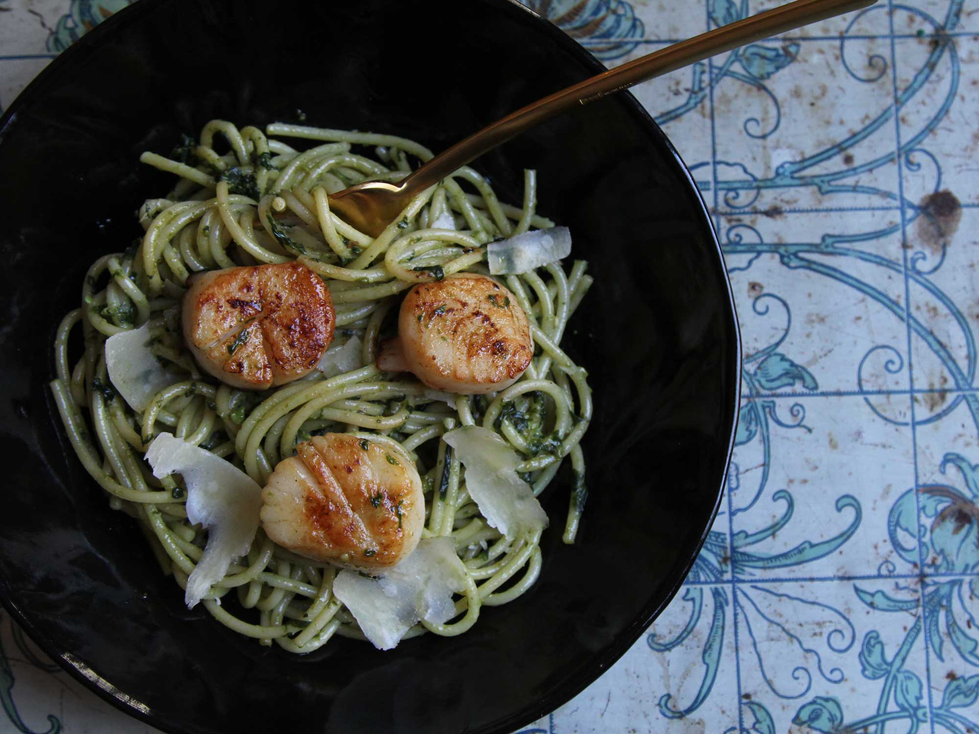Scallops with Pesto