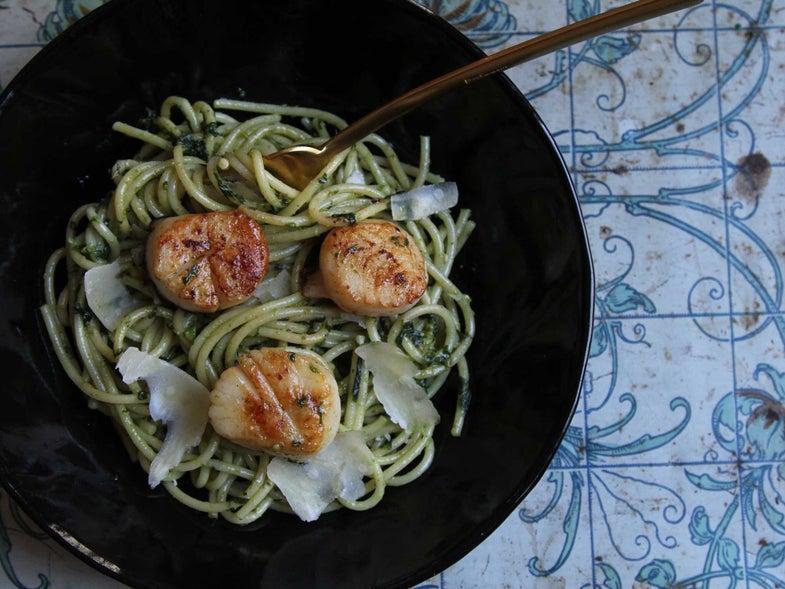Scallops with Pesto