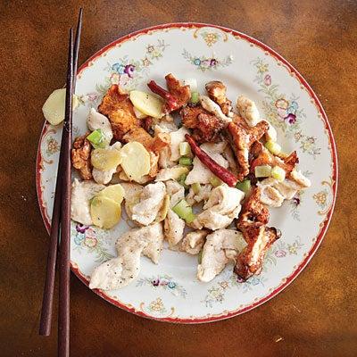 Jiyou Jun Chao Ji (Chicken Stir-Fry with Chanterelles)