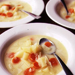 httpswww.saveur.comsitessaveur.comfilesimport2007images2007-02125-31_Potato_soup_250.jpg