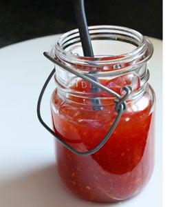 httpswww.saveur.comsitessaveur.comfilesimport2011images2011-027-Sweet-Chilli-Sauce-Cover-250×300.jpg