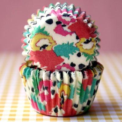 httpswww.saveur.comsitessaveur.comfilesimport2009images2009-12634-designer-baking-cups-400.jpg
