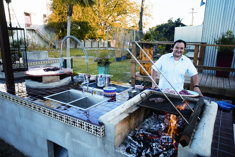 I Love My Kitchen Because: Johnny Hernandez