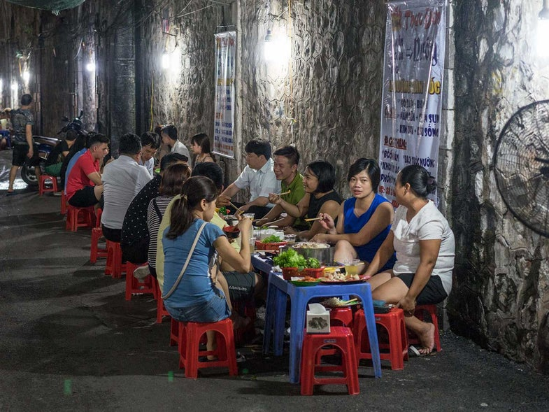 The SAVEUR Field Guide to Vietnamese Street Food Dishes