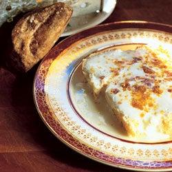 Cream-Soaked White Bread with Maple Sugar
