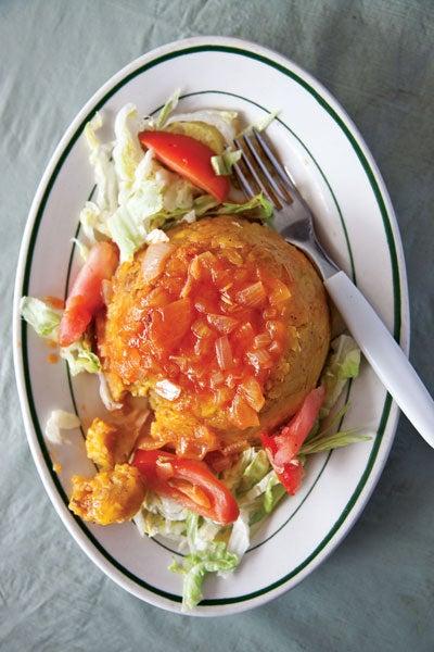 Mashed Plantains with Tomato Sauce (Mofongo con Salsa de Tomate)