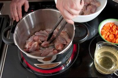 httpswww.saveur.comsitessaveur.comfilesimport2010images2010-117-20101008-pressure-cooker-stock-step1-P.jpg