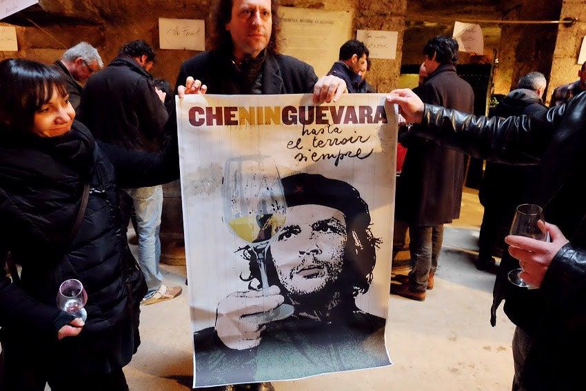 httpswww.saveur.comsitessaveur.comfilesimport2015La-Dive-Chenin-Guevara_850x567.jpg