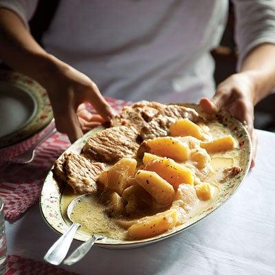 Pork with Apples and Cider Cream Sauce (Székelyalmás)
