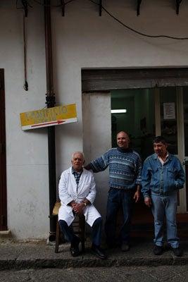 httpswww.saveur.comsitessaveur.comfilesimport2011images2011-027-SV136_-_Sicily_-_07.jpg