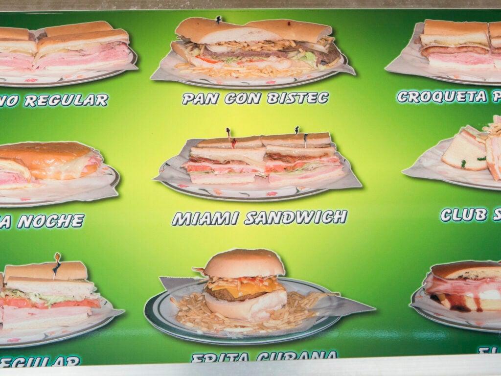 Miami El Palacio de los Jugos sandwiches