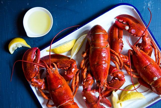 httpswww.saveur.comsitessaveur.comfilesimport2014article_boiled-lobster_640x431.jpg