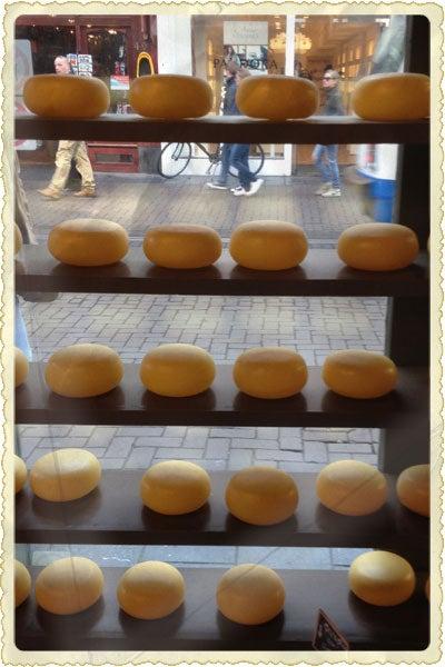Postcard: Amsterdam's Handmade Gouda