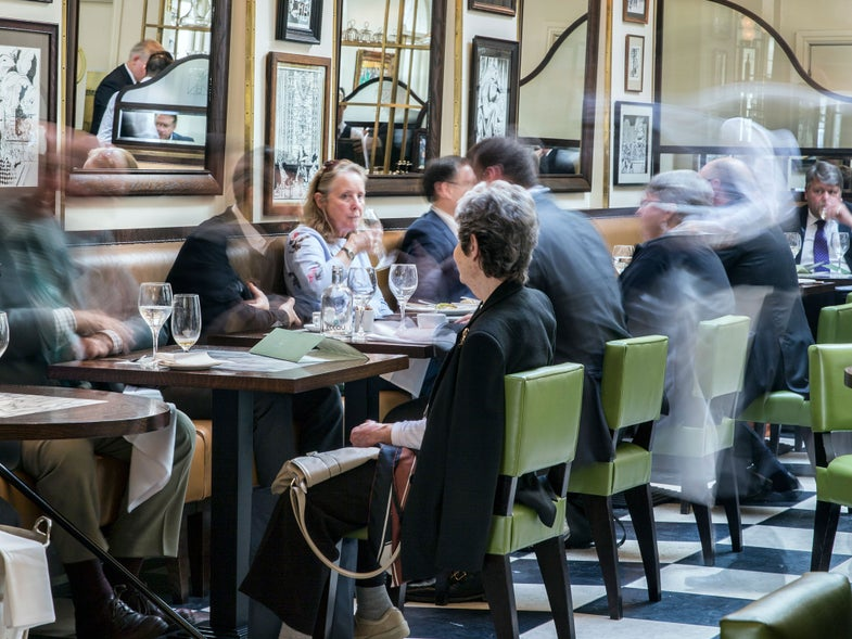 At Lunch with the Ghosts of Bloomsbury