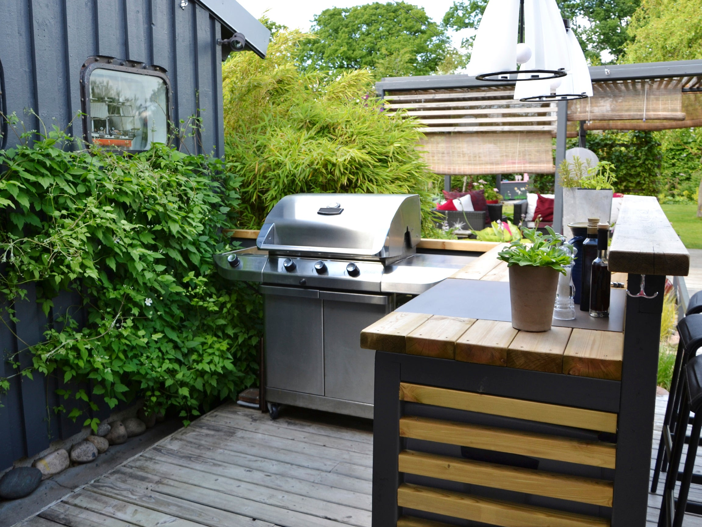 What to Consider When Building an Outdoor Kitchen