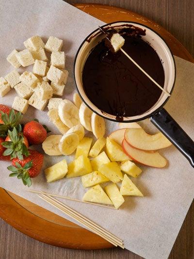 Dark Chocolate Kahlúa Fondue