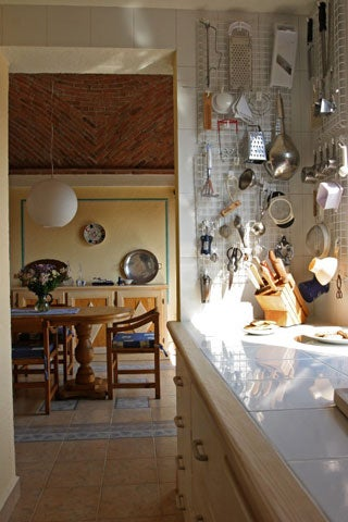 httpswww.saveur.comsitessaveur.comfilesimport2008images2008-03634-laudan_kitchenwise_6.jpg