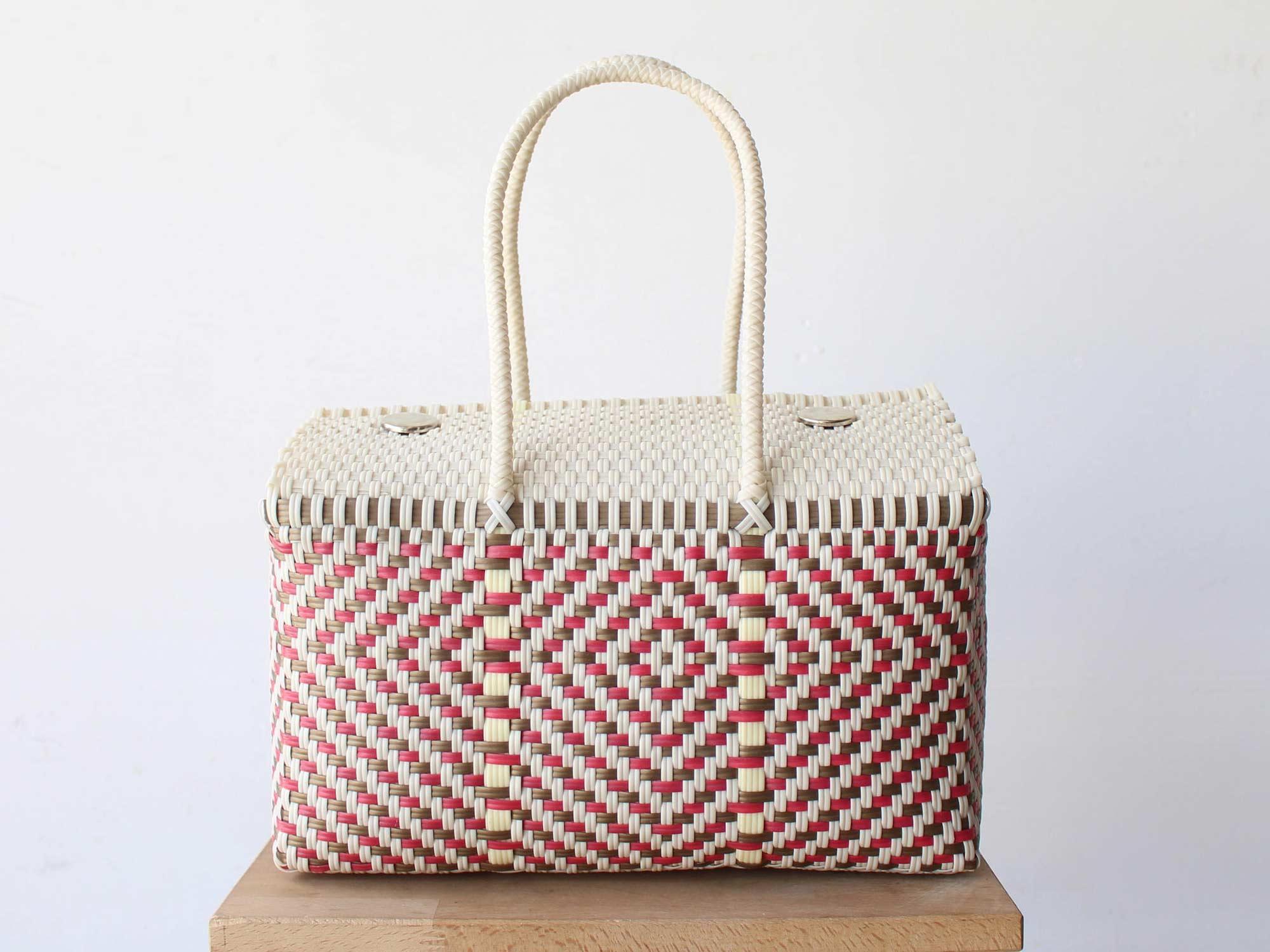 woven picnic basket
