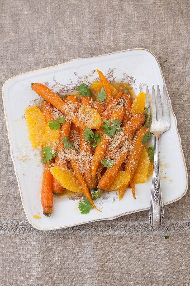 Maple-Glazed Carrots with Hazelnut Crumbs