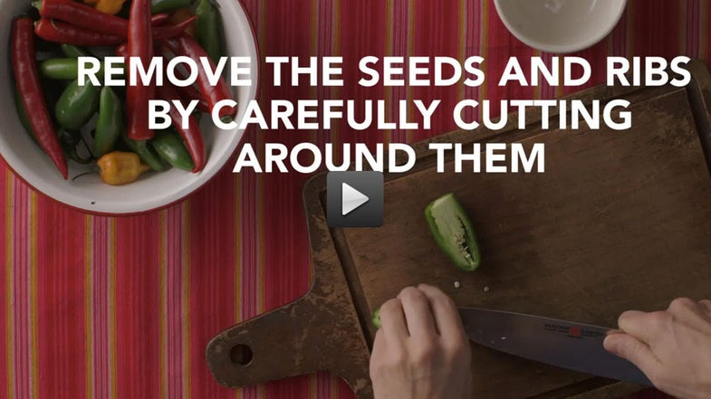 Video: How to Dice a Hot Pepper