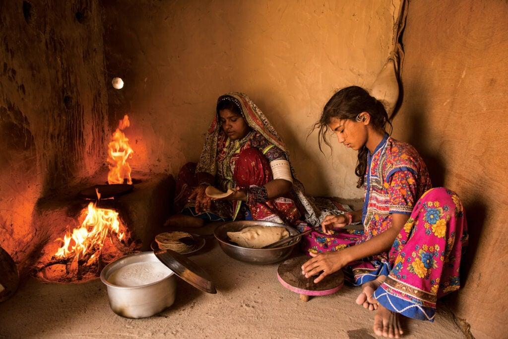feature_west-india_bhuj_bhiranbiyara-village_1200x800.jpg