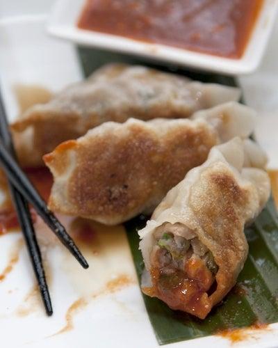 httpswww.saveur.comsitessaveur.comfilesimport2014images2013-027-Gallery-dumplings-porkdumplings-400×500.jpg