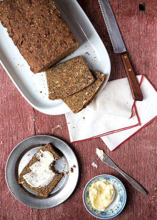 Seeded Buttermilk Bread (Filmjölkslimpa)