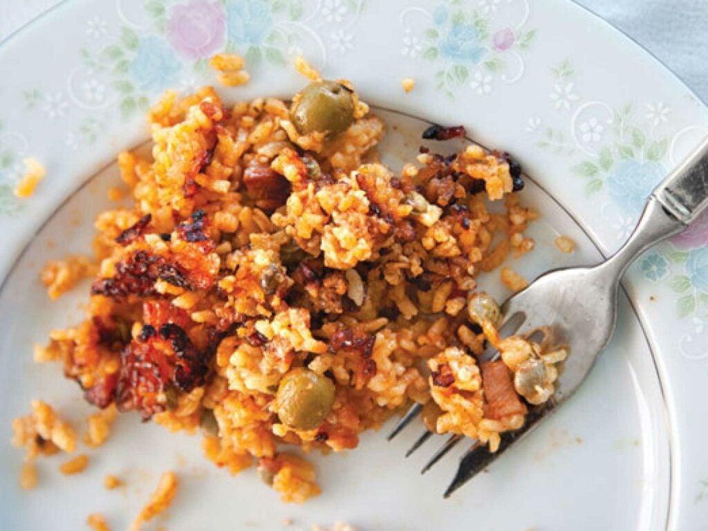 httpswww.saveur.comsitessaveur.comfilespigeon-peas-and-rice_2000x1500.jpg