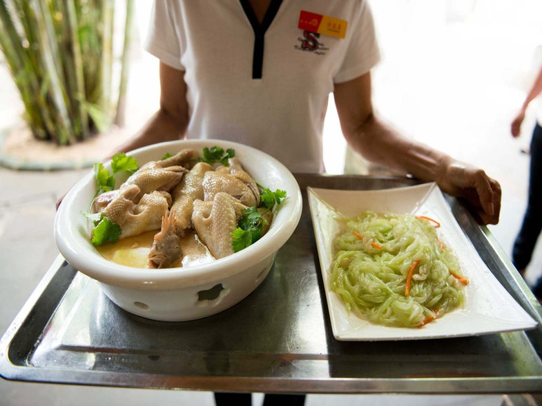 Wenchang Chicken and Rice with Calamansi Dipping Sauce