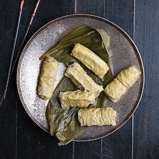 Fu Pi Juan (Steamed Tofu Skin–Wrapped Pork Rolls)