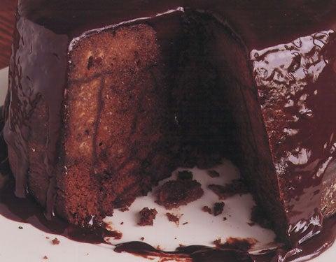httpswww.saveur.comsitessaveur.comfilesimport2008images2008-02628-08_chocolate_spice-cake_pudding_480.jpg